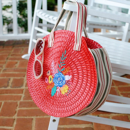 DIY Placemat Roundie Bag